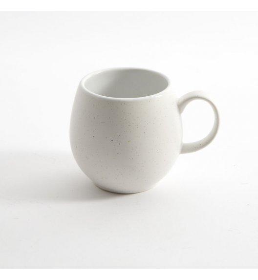 LONDON POTTERY Kubek ceramiczny do herbaty PEEBLE 0,4 l biały / FreeForm