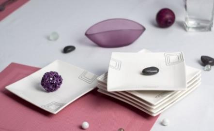 Kwadratowe talerze - elegancja, oryginalność i nieszablonowość