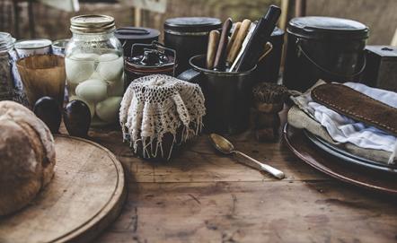 Nakrycie stołu w stylu rustykalnym